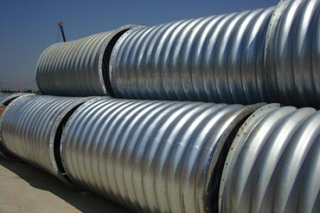 钢波纹管涵施工中怎样进行混凝土浇筑?